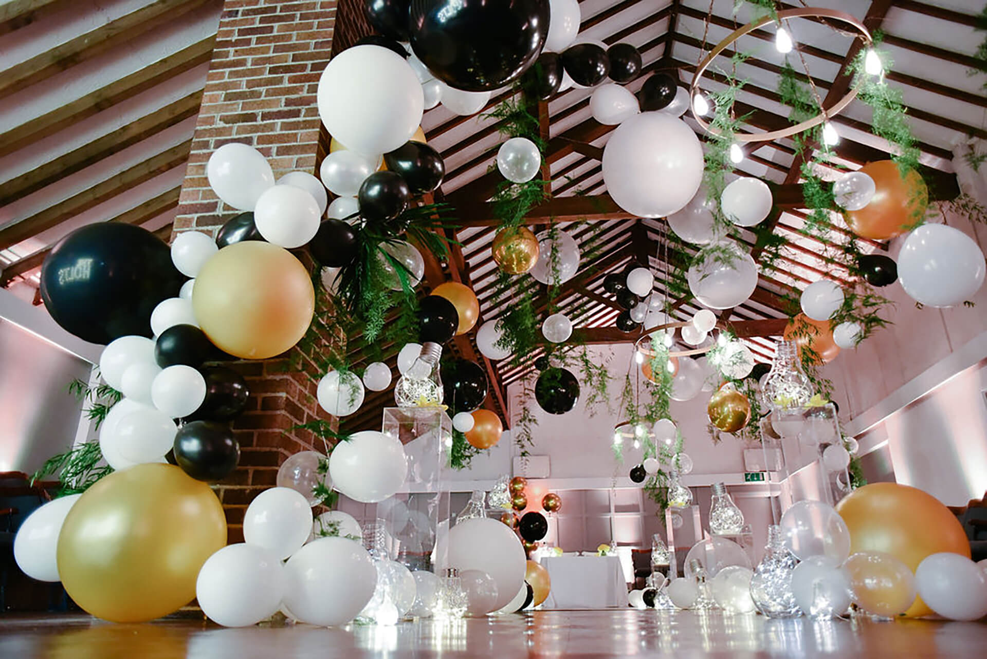 Wedding balloons in the ceremony room